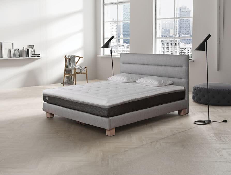 łóżko Tailor Sealy wpromocji