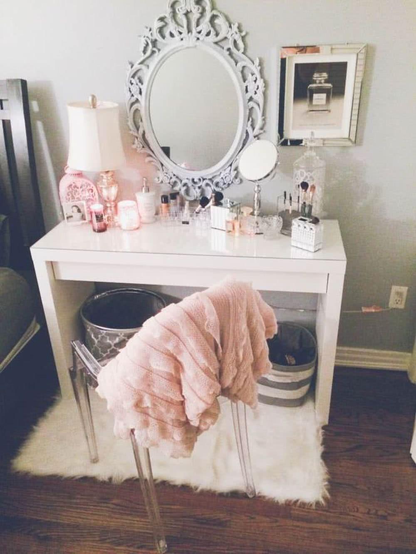 Sypialnia glamour - toaletka